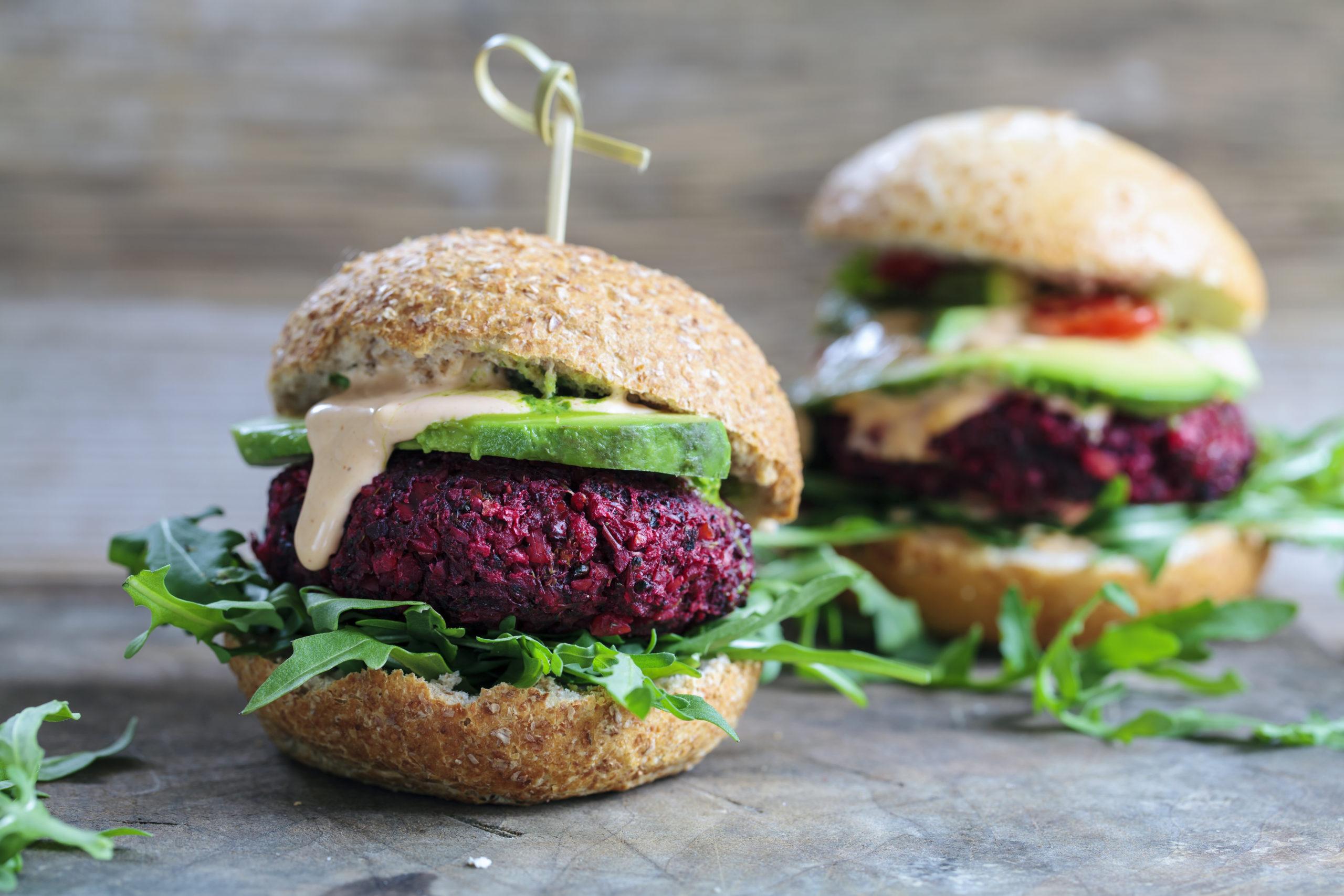 burger di barbabietola e legumi
